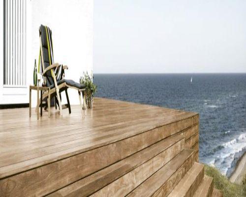 Ván sàn gỗ ngoài trời có khả năng chịu nước tốt