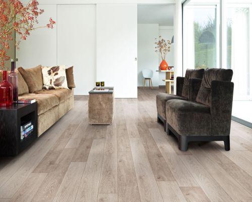 Mắc sắc sàn gỗ hài hòa với nội thất