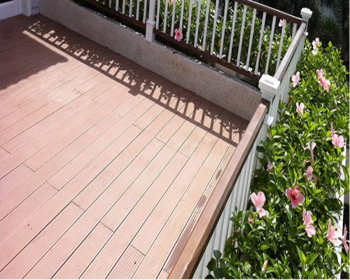 Yêu tố thời tiết ảnh hưởng tới chất lượng sàn gỗ ngoài trời