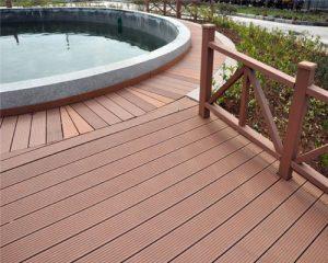 Sử dụng sàn gỗ ngoài trời cho nhà bạn có tốt không