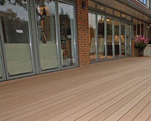 Sàn gỗ ngoài trời cho sân vườn