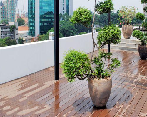 Sàn gỗ ngoài trời chịu nước tốt nhất