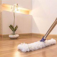 vệ sinh sàn gỗ công nghiêp