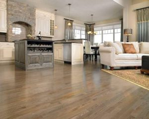 Nên sử dụng sàn gỗ công nghiệp hay dùng gạch men lát sàn nhà.