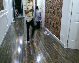 Sàn gỗ công nghiệp 8mm và 12mm nên chọn loại nào cho không gian nội thất