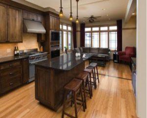 Hướng dẫn lự chọn và sử dụng sàn gỗ công nghiệp cho không gian phòng bếp