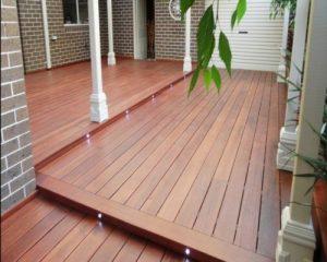 Giá hoàn thiện 1m2 sàn gỗ ngoài trời trên thị trường hiện nay là bao nhiêu