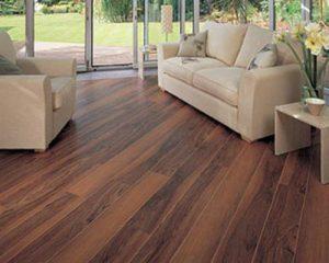 Sàn gỗ công nghiệp đức có thật sự chịu nước tốt không