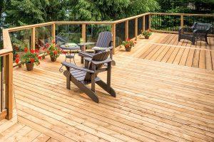 Sàn gỗ ngoài trời tạo không gian sang trọng bất chấp mọi thời tiết