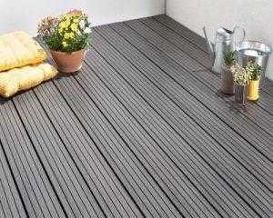 Sử dụng sàn gỗ ngoài trời tại hà nội để trang trí cho không gian ban công thêm sang trọng